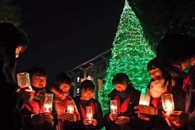 熊本市のルーテル学院でクリスマスイルミネーション始まる